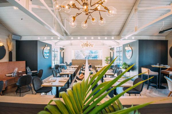 Boardwalk restaurant dining tables
